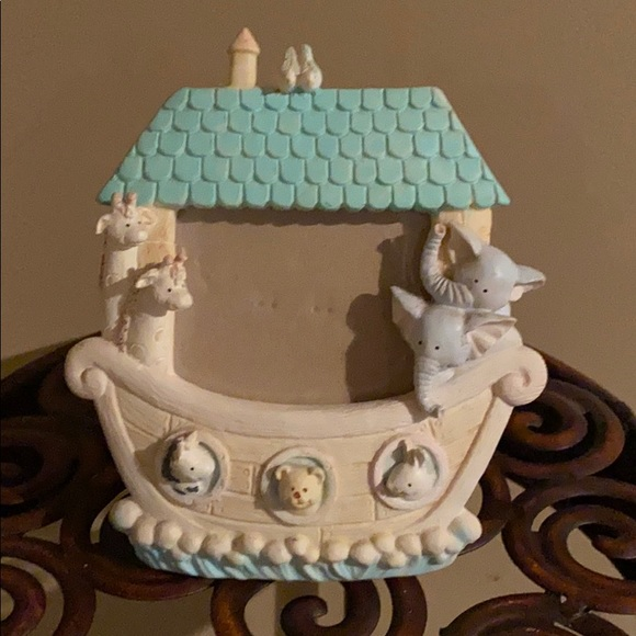 Russ Berrie Noah's Menagerie Picture Frame